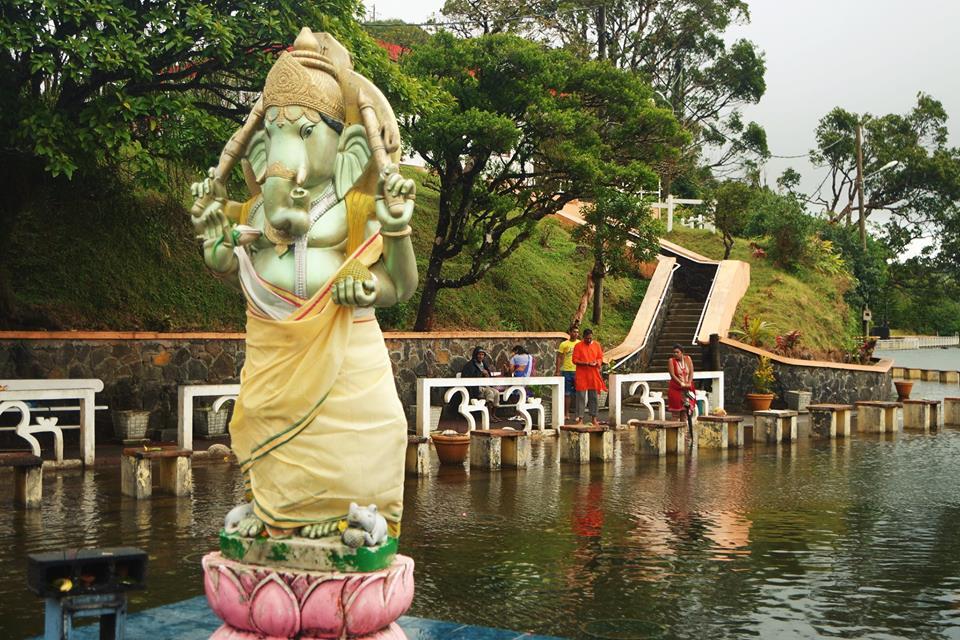 Grand Bassin, Mauricio, más allá del resort