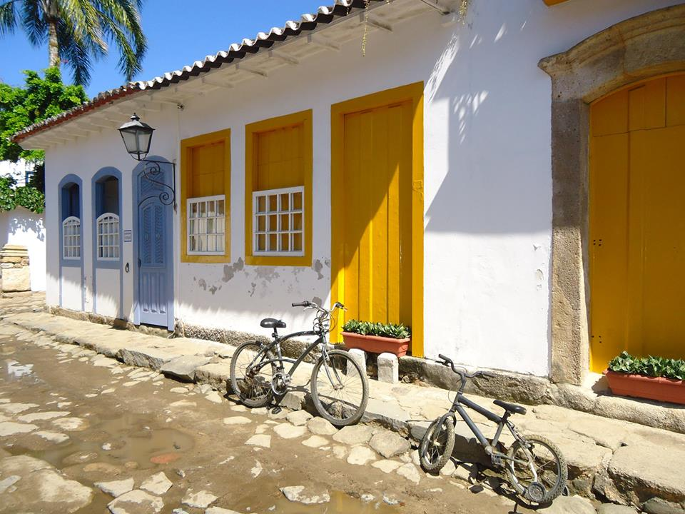 Bicis en las calles de Paraty