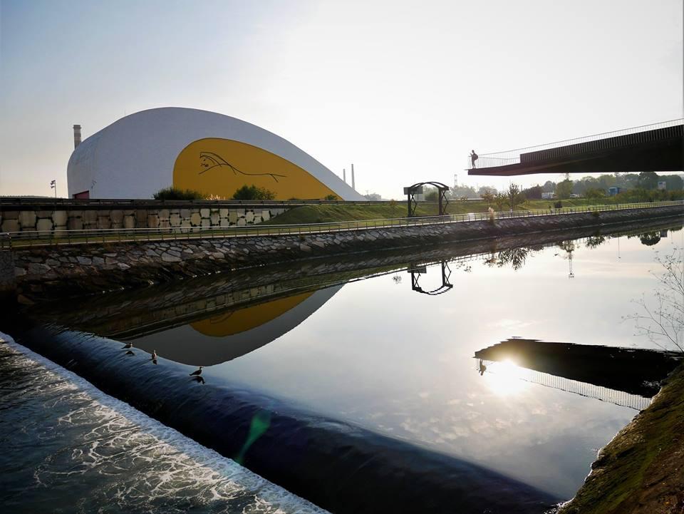 Qué ver en Avilés en 2 días, centro Niemeyer