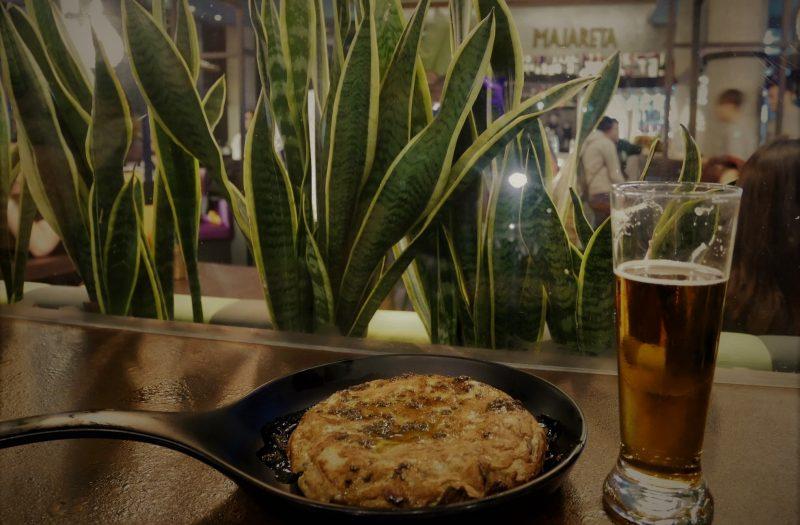 Tortilla de trufa en Neotaberna Majareta, bares de tapas en Almería