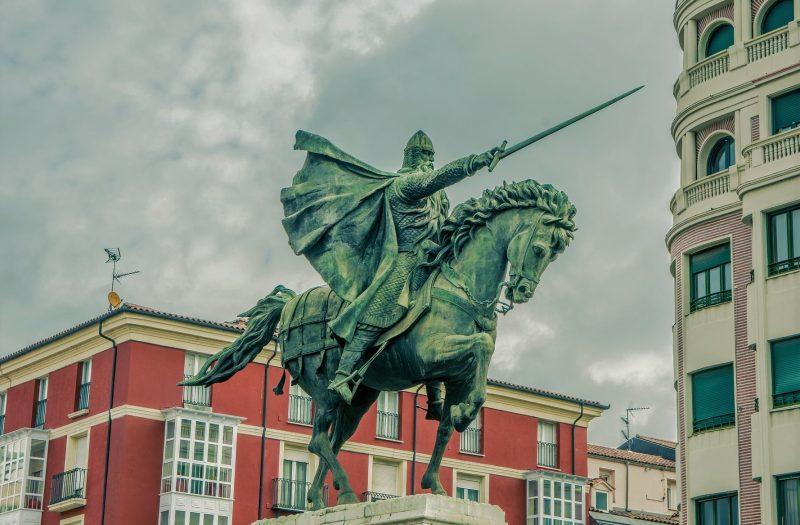 Ruta por Burgos en un día, estatua del Cid