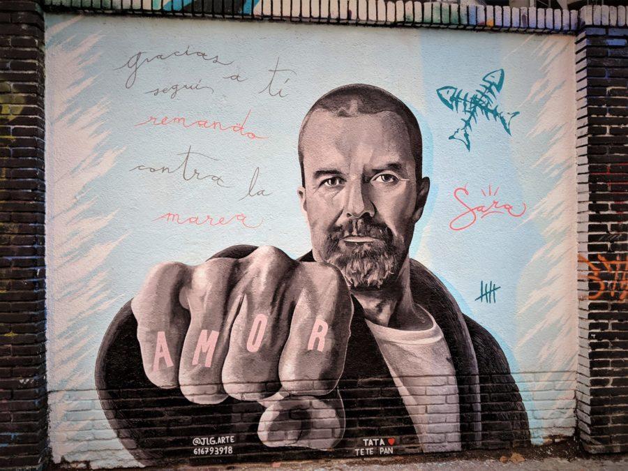 Los murales del Poblenou mural de Pau Donés